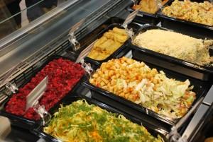 Фото: обновленный супермаркет Точка, кулинария